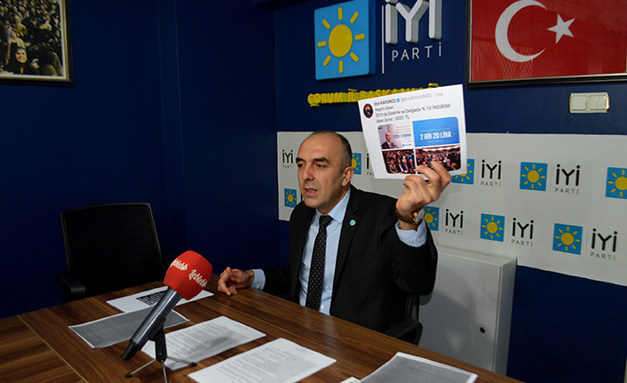 Özsaçmacı, AK Parti'ye Yüklendi