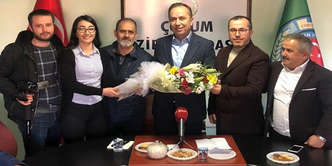Sayan, Ceylan'ı, Ceylan Basını Kutladı