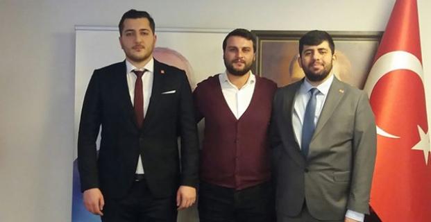 CHP Merkez İlçe Gençlik'te Bayrağı Uğur Eke Omuzladı