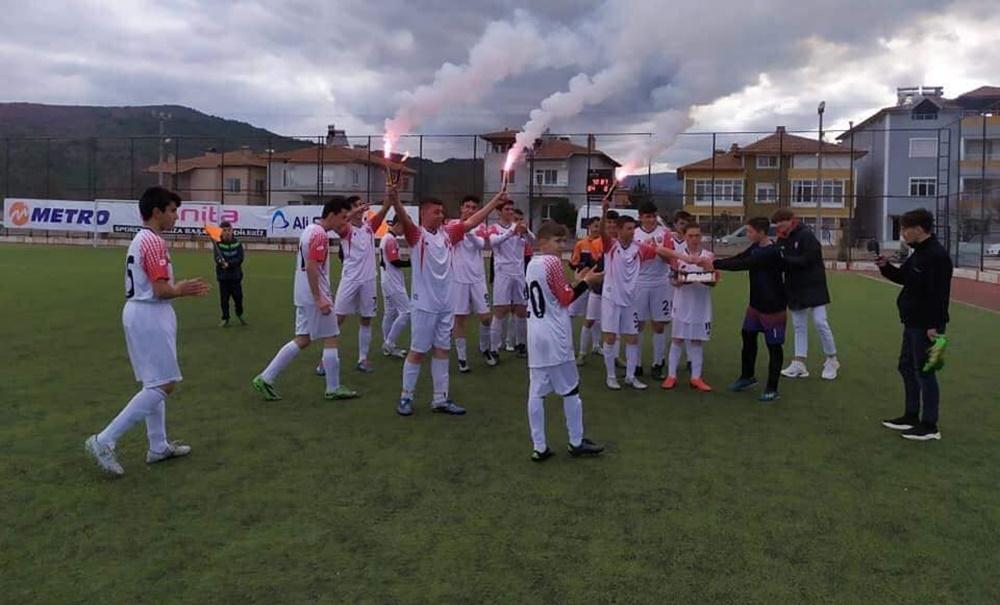 Osmancık Belediyespor Şampiyonluğunu İlan Etti