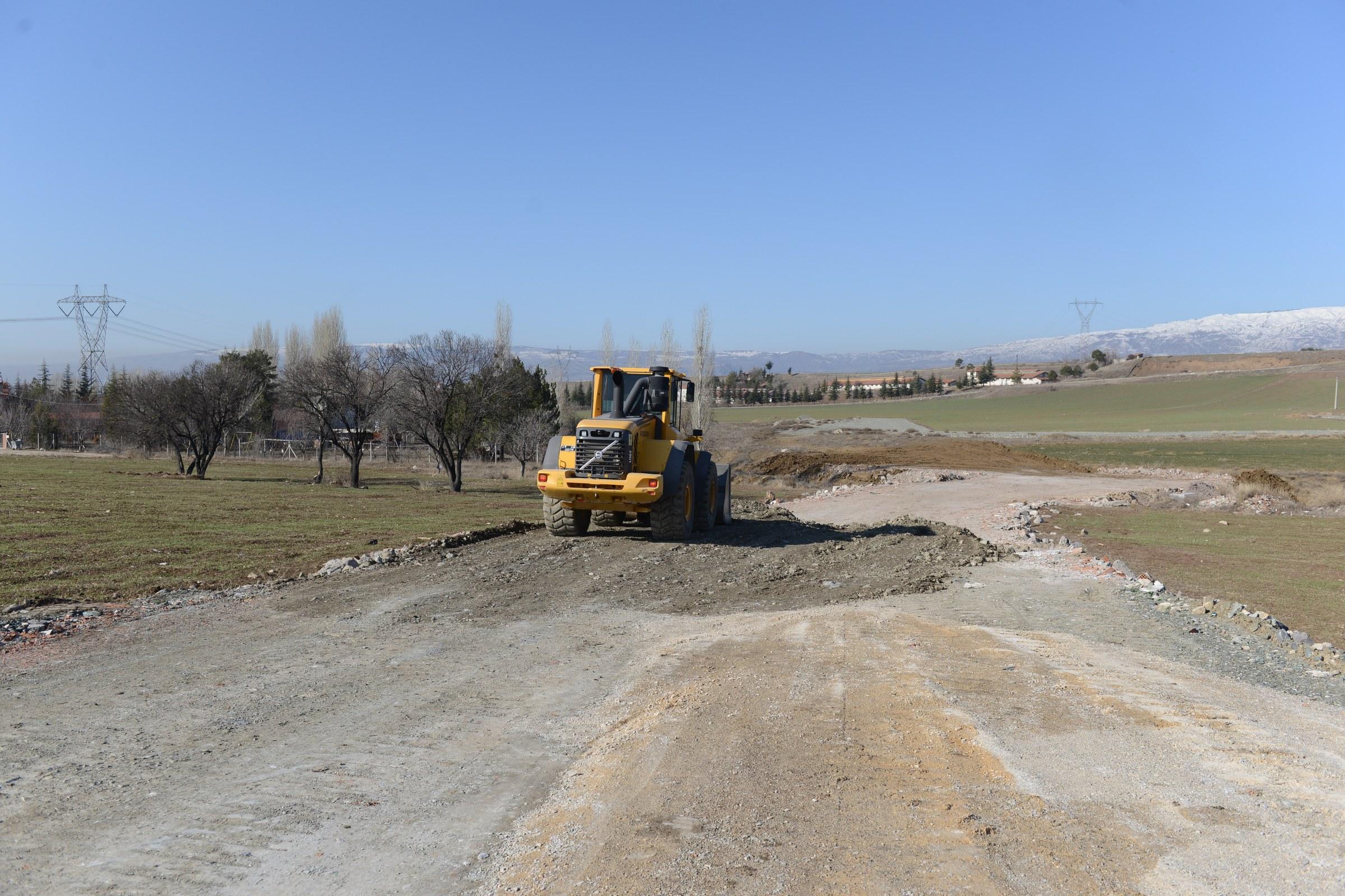 Belediyenin Yol Çalışmaları Devam Ediyor